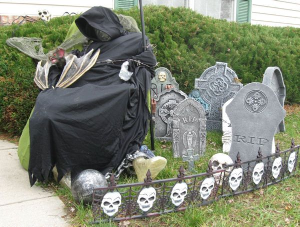 mcc memorial casual cemetery halloween graveyard decorationshalloween - Cemetery Halloween Decorations