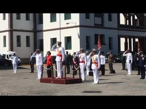 O Rei preside a entrega de despachos na Escuela Naval de Marín | Diario de pontevedra