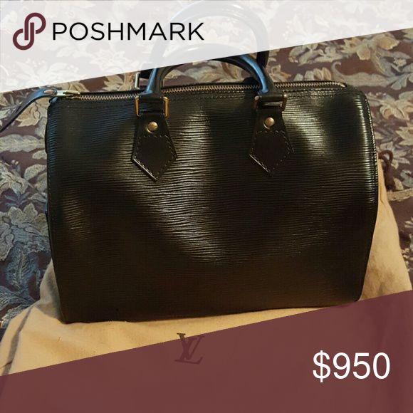 Black Louis Vuitton Black handbag in perfect condition.... Used 2 times Louis Vuitton Bags