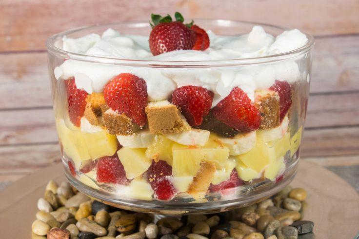 Paula Deen-Inspired Punch Bowl Cake | FaveSouthernRecipes.com