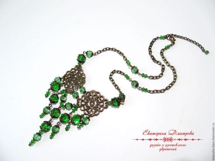 Купить Колье из хрусталя - зеленый, зеленое колье, зеленое ожерелье, зеленые бусы, хрусталь