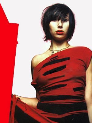 Karen O. Look at her, just being all beautiful. And talented. And awesome.