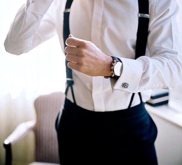 Oh, dang. Men in white dress shirts or white t-shirt. I'm a sucka.