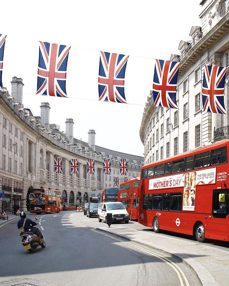 #RegentStreet is super patriotic at the minute!... | instagram.com/London