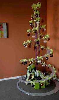 Spiral Christmas Trees: The Tannenboing Holiday Decoration is a Neat Twist on a Holiday Classic