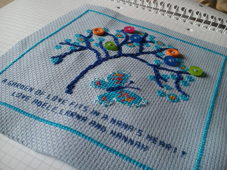 i loved making this blue butterfly and tree design for one of my customers. Tulipacious Designs.