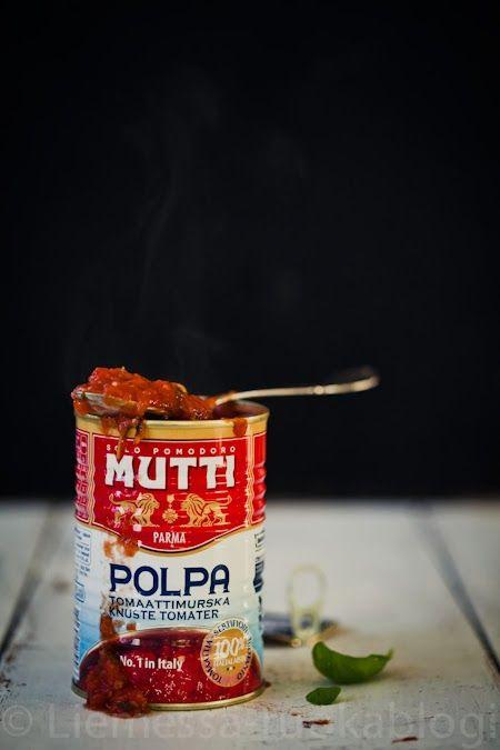 Tomaattikastike Mutti-tomaattimurskasta