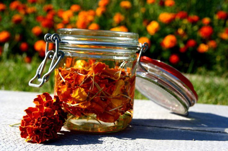 Zioła, Kwiaty i ich zastosowanie: Dwufazowy płyn z aksamitki naturalna ochrona oczu