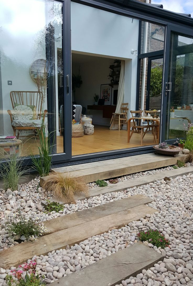 Garden Makeover, Phase 1. Alice in Scandiland – Decoration Ideas