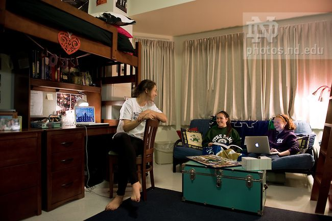 Students In A Ryan Hall Dorm Room 2009 Photo By Matt