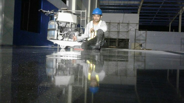Reflection floor Polished  by Teknoklinz Indonesia Polished Concrete Expert