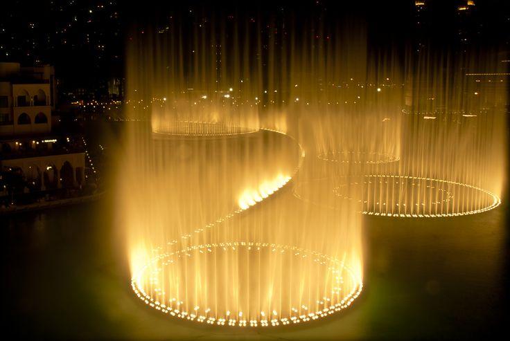 Dubai Tourist Attractions-Light and Water Dance Show #dubai