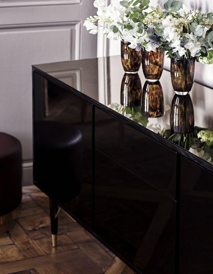 les 140 meilleures images du tableau collection red edition sur pinterest. Black Bedroom Furniture Sets. Home Design Ideas