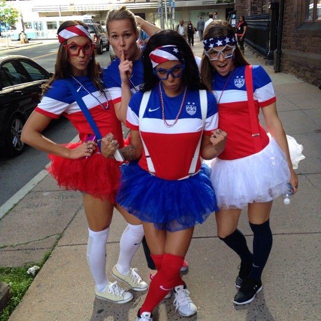"""Bring it!!! #IBelieve #1N1T"" Ashlyn Harris, Alex Morgan, Sydney Leroux & Kelley O'Hara, USWNT (instagram)"
