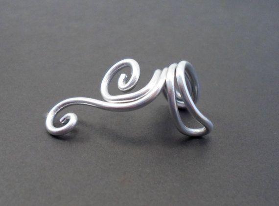 Bague d'oreille ear cuff spirale en aluminium. wire par alufolie