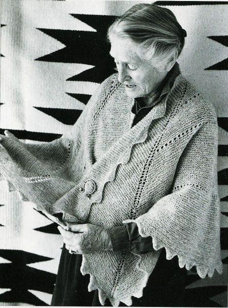 elizabeth zimmerman  shawl.  I want this.