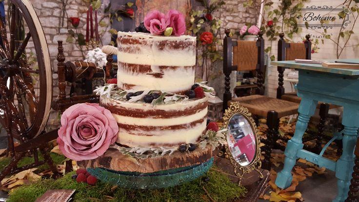 Porque en un boda no puede faltar un pastel. Este está creado especialmente para Boheme Sensations