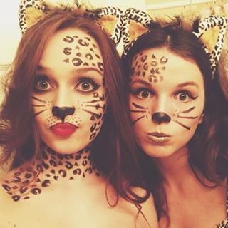 Cheetah Girls | 32 Amazing DIY Costumes That Prove Halloween Is Actually Meant For Teens