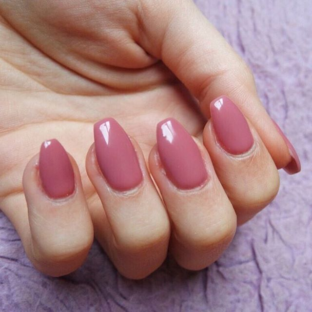 A flawless #gelmani by @hannahcutts3 using #SenstioNail ...