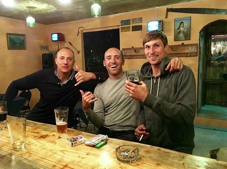 Visita de nuestros amigos belgas!!  #CervezaArtesanal  #CervezaRural  #Litueche  #Repost  #brewpub  #beer #craftbeer #Cerveza #Rural #cerveceriarural