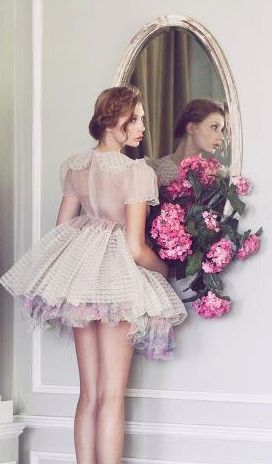 mirror / lara jade photography - a bit too short for a prom dress, but a lovely photo!