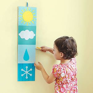 Teach your child about the weather—and how to pick out the right clothes to wear—with this handy chart you can #craft together: