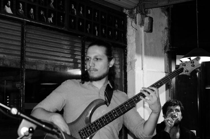 Leo Rojas y su banda
