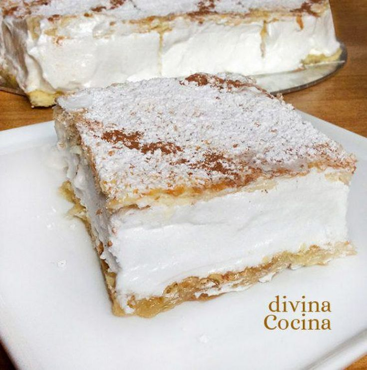 MILHOJAS CLÁSICAS DE MERENGUE. Receta paso a paso detallada para que te queden divinas!! VER RECETA -> http://divinacocina.hola.com/milhojas/ - Divina Cocina - Google+