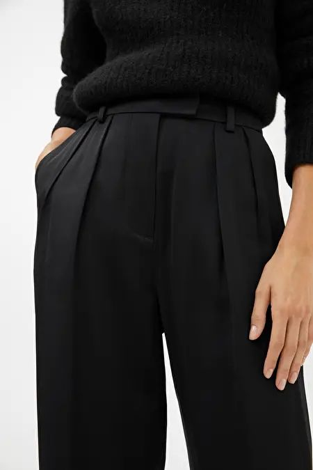 Tapered Satin Trousers – Black – Trousers