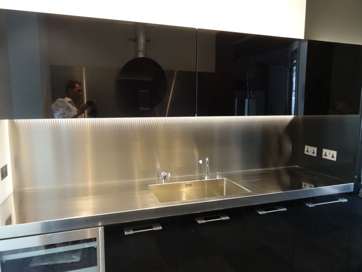 Stainless steel worktop and splashback including the new A55 single bowl sink. The sink bowl measures 550x400x200mm and is fully integral to the worktop. Custom tap holes are included within the worktop which has an extra deep 70mm front edge profile