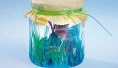 Kindergeburtstag: Basteln Sie eine Einladung aus dem Glas!