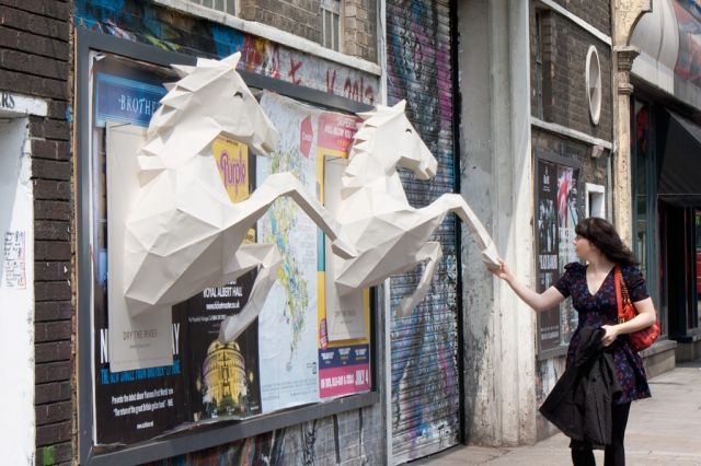 Adeevee - Dry the River - No Rest: 3D paper-crafted horses