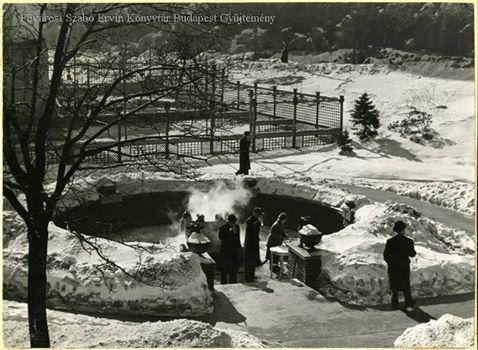 Az Attila-forrás és környéke télen a Rudas fürdő mellett, 1930-as évek. Forrás: FSZEK Budapest Gyűjtemény