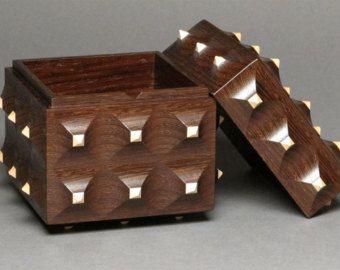 Caja de Pinnacle, compartimiento secreto, wengué y Maple