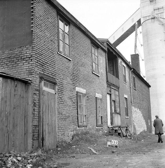 Les quartiers disparus de Montréal : Victoriatown (Goose Village). 17 octobre 1963.