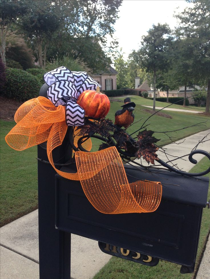 17 Best images about Diy mailbox decorations on Pinterest  ~ 222911_Halloween Decorating Ideas For Mailboxes