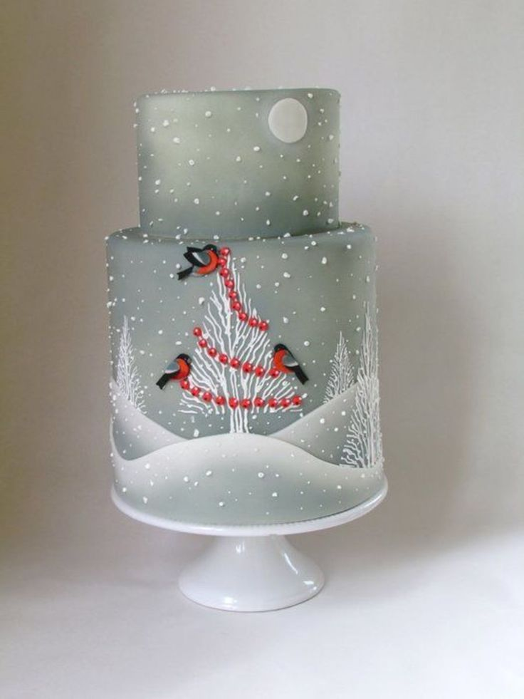 This is the Winter Wedding Cake I did last year...