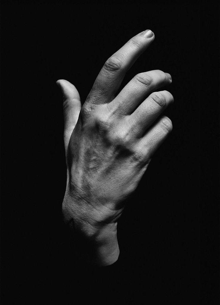 Картинка красивые мужские руки