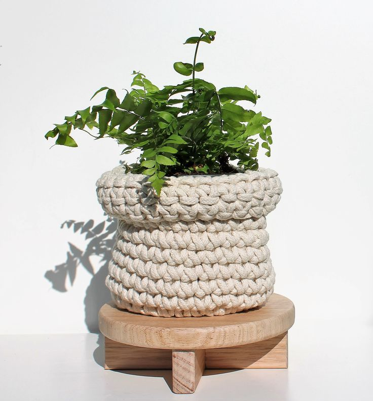 Wooden Pot Plant Stand
