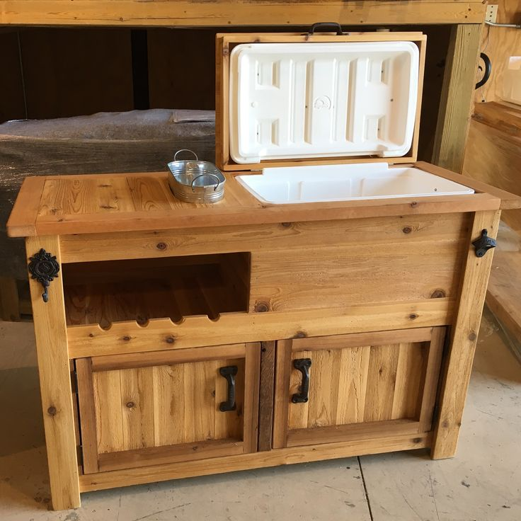 Porch, Patio, Cabinets