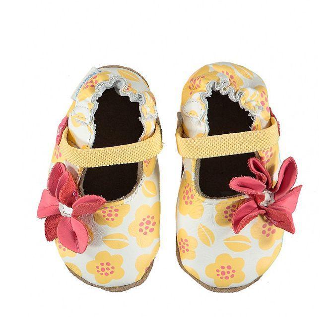 Robeez w Limango - paputki dla niemowlaka idealne do raczkowania Kwiatki.