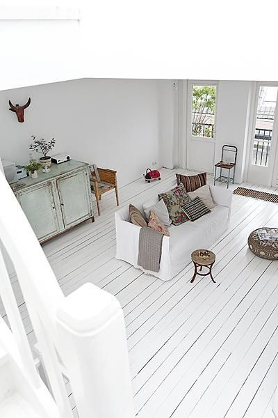 ♥awesome white wood floor