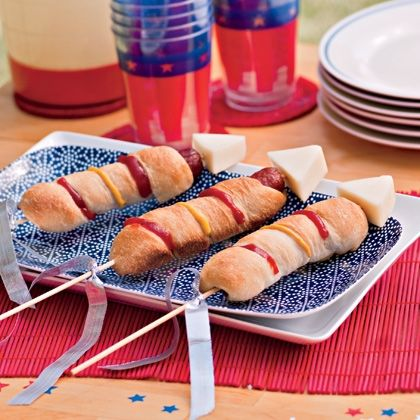 "How festive are these ""Rocket Dogs."" It only takes a little creativity to make regular food into a little work of art."