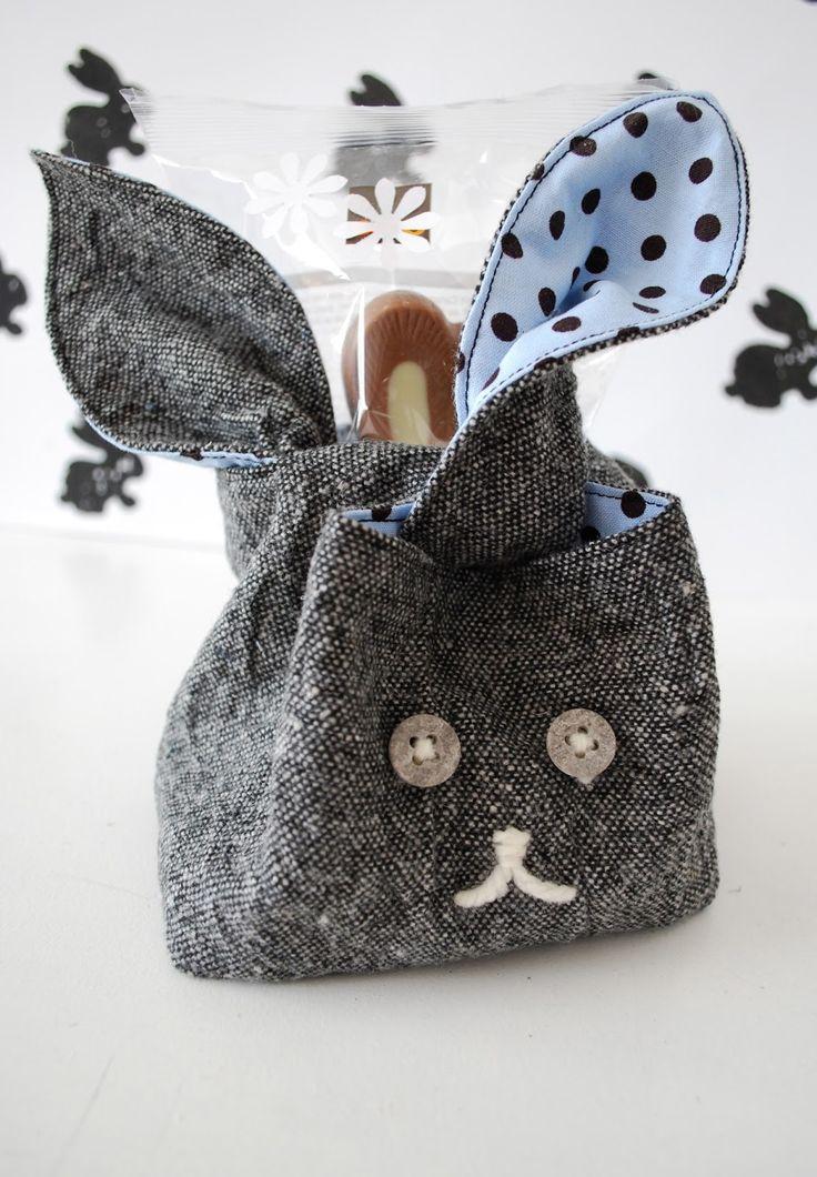 Für meinen Gottibuab (meinen Patensohn) habe ich, als Alternative zum üblichen Nest, eine Hasentasche...
