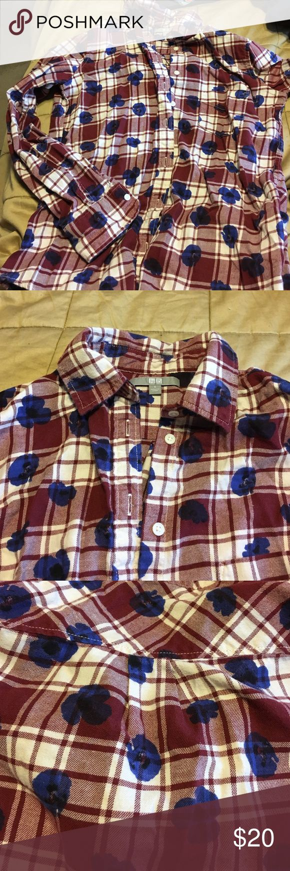 Uniqlo Plaid Shirt Plaid Uniqlo shirt! Burgundy and white with adorable blue flowers! Like new! Uniqlo Tops Button Down Shirts
