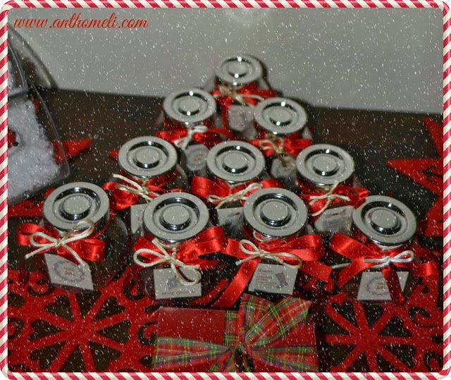 Little presents, idea for christmas.Ανθομέλι: Ιδέα για νόστιμο δωράκι... βαζάκια με σοκολατάκια!