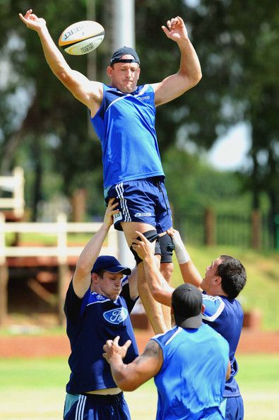 RUGBY: Jay Williams Jay Williams in the line-out during the Auckland Blues training session held at Zwartkop High School on 19th February, 2009
