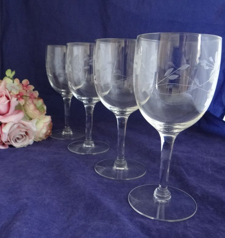 Best 25 Tulip Wine Glasses Ideas On Pinterest Tulip Glasses Painting On Wine Glasses And