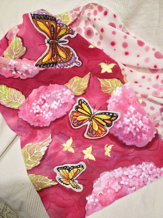 Ortensie e farfalle. Sciarpa pura seta 100% di LaFarfallaCreazioni