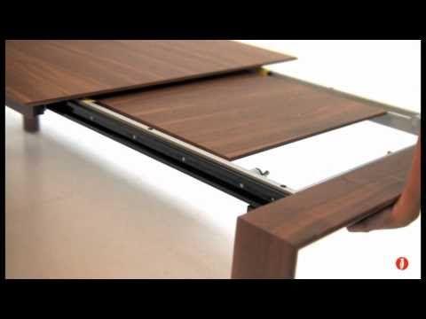 Omnia: tavolo allungabile rettangolare in legno by Calligaris